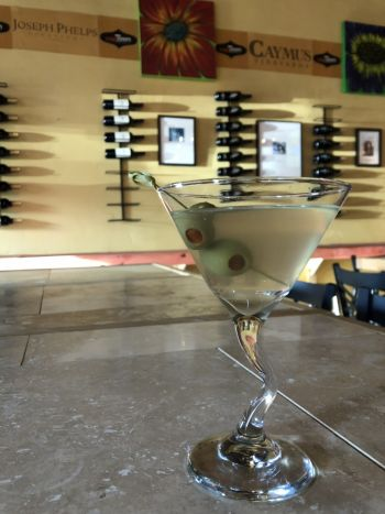 Midtown Wine Bar, Dirty Midtown Martini