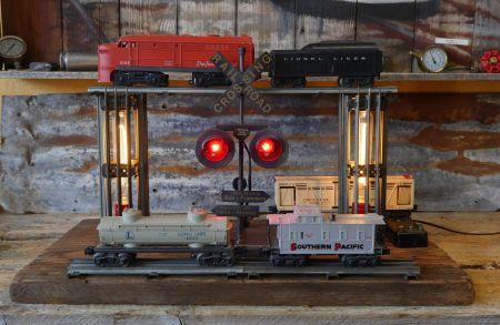Micano Home & Garden Decor, Vintage Train Light